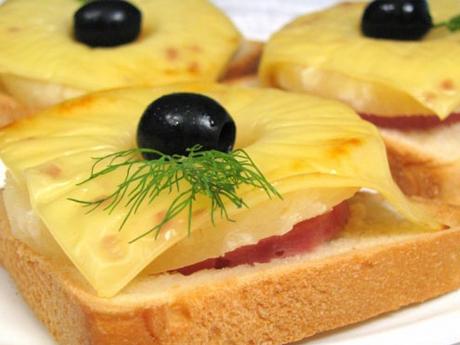 Как сделать бутерброды из жаренного хлеба