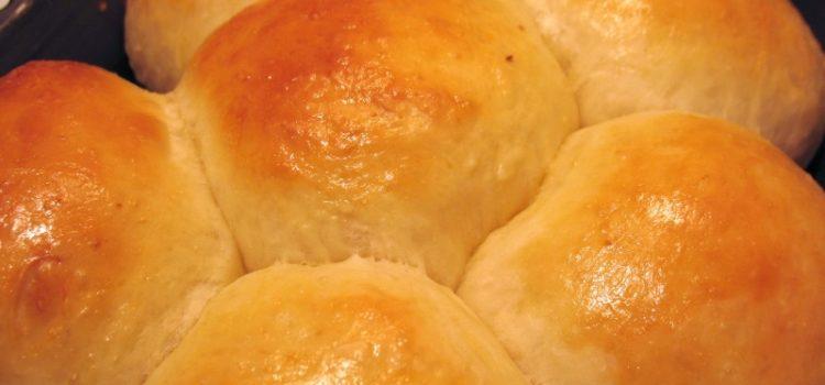 Как сделать булочки. Печем вкусные булочки дома